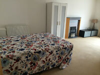 Spacious Double Room to Rent, Epsom