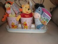 STUNNING WINNIE THE POOH AND FRIENDS NEW