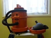 Vax Carpet Cleaner/Vacumn