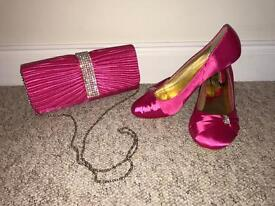 Ladies matching pink shoes & handbag size 6