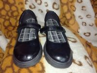 Skechers Black Campus Cool School Shoes UK size 4