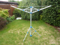 Portable lightweight clothes line. Ideal for camping or home use.