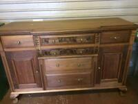 Traditional sideboards