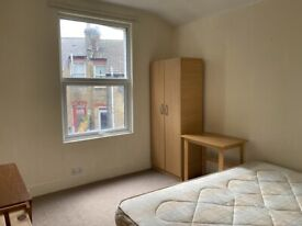 4/5 Double Bed Lovely House, Seven Sisters