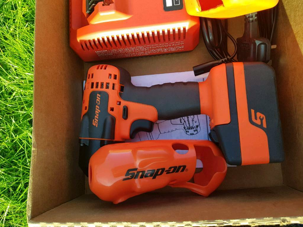 Snapon 18v impact gun 3/8 New