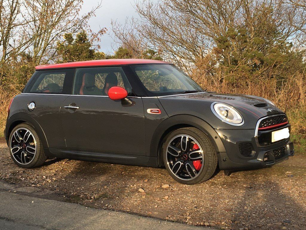Bmw Mini John Cooper Works In Thunder Grey Metalic With Red Roof