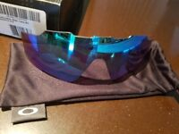 Replacement Oakley lens for jawbreaker sapphire iridium.