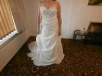 BNWL CHRISTINA ROSSI IVORY SHIMMER WEDDING DRESS 10 LACE UP BACK BEADED, SEQUINS