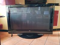 second hand 60 inch lg television.great condition.