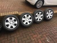 Ford steel wheels and wheel trims