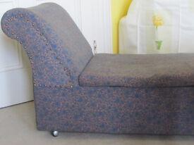 Blanket Box / Chaise / Ottoman - Vintage 1940s