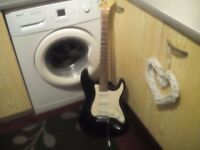 Electric guitar £40 cash