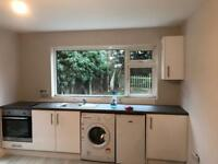 Large modern studio, all bills incl. £975 10 mins from station