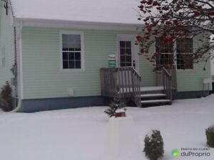 140 000$ - Maison à un étage et demi à vendre à Baie-Comeau