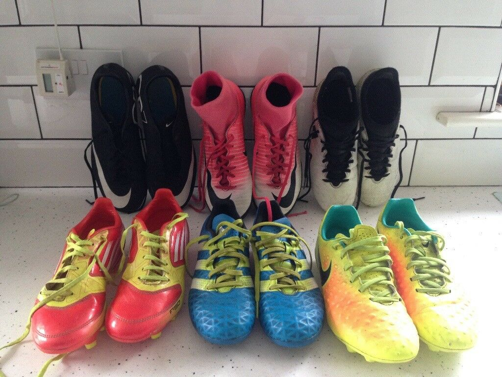 Boys football/astro turf Boots