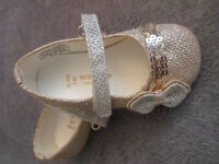 Baby girl Monsoon golden/silver shoes with bows VGC size UK 3, EUR 19