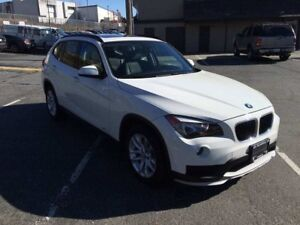 2015 BMW X1 28i Xdrive ONLY 8,000KM Fully Loaded LIKE NEW!