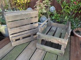 HALF SIZE VINTAGE ANTIQUE RUSTIC RE-CYCLED APPLE CRATE TRAY BUSHEL STACK & STORE
