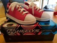 Heelys X2 Junior Size 12 (Euro 31) Pink