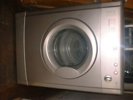 6kg INDESIT VENTED TUMBLE DRYER (SILVER)