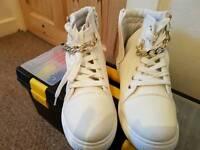 Cream zip boots