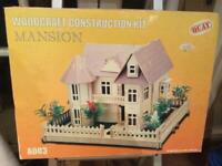 Mansion woodcraft construction kit