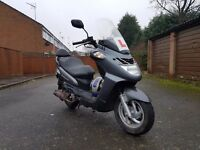 Sym 125cc Scooter Moped Motorbike Extras - Cheap tax mot fuel insurance