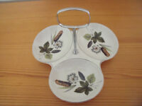 Vintage Midwinter Stylecraft Riverside 3 section hors d'oeuvre dish with removeable chrome(d) handle