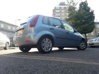 Ford Fiesta 1.4ltr clean, good drive and perfect for a first car!