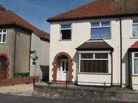 Kingswood - 3 Bed Semi - Very Large Garden - Off-street Parking - Good Local Amenities