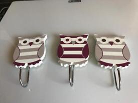 Owl door hooks x 3