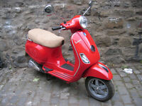 Vespa LX125 2010 one owner Very Low Miles