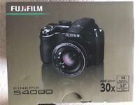 Fujifilm finepix S4080 14MP with original box