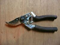 Town & Country Secateurs Grub Screw Missing Blade needs sharpening Garden Hand Tool