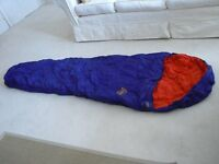 Blacks 2-3 Seasons Sleeping Bag