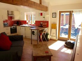 One Bed holiday home available short term from March 31st