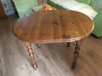 Solid wood pine table extendable