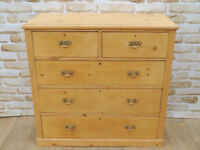 Stunning restored chest of drawers Antique (Delivery)