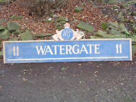 Vintage 'watergate' sign