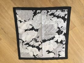 BURBERRY BLACK AND WHITE FLORAL PRINT SCARF