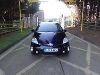 Toyota Prius T3 VVT-I 5dr (black) 2014