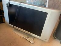 """Retro Philips TV 26"""" screen with remote"""