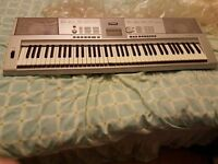 for sale full size yamaha keyboard in perfect working order. portable grand gdx 205 model