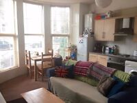 Flatshare WANTED ASAP lovely 2 bed flat Cheltenham Road