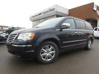 2010 Chrysler Town & Country Limited,Leather,NAV, 2 DVD's, Safet