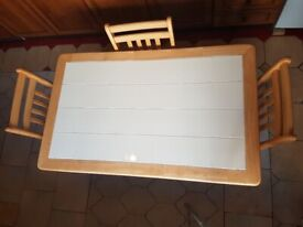 Tiled Pine dining table 3x chairs