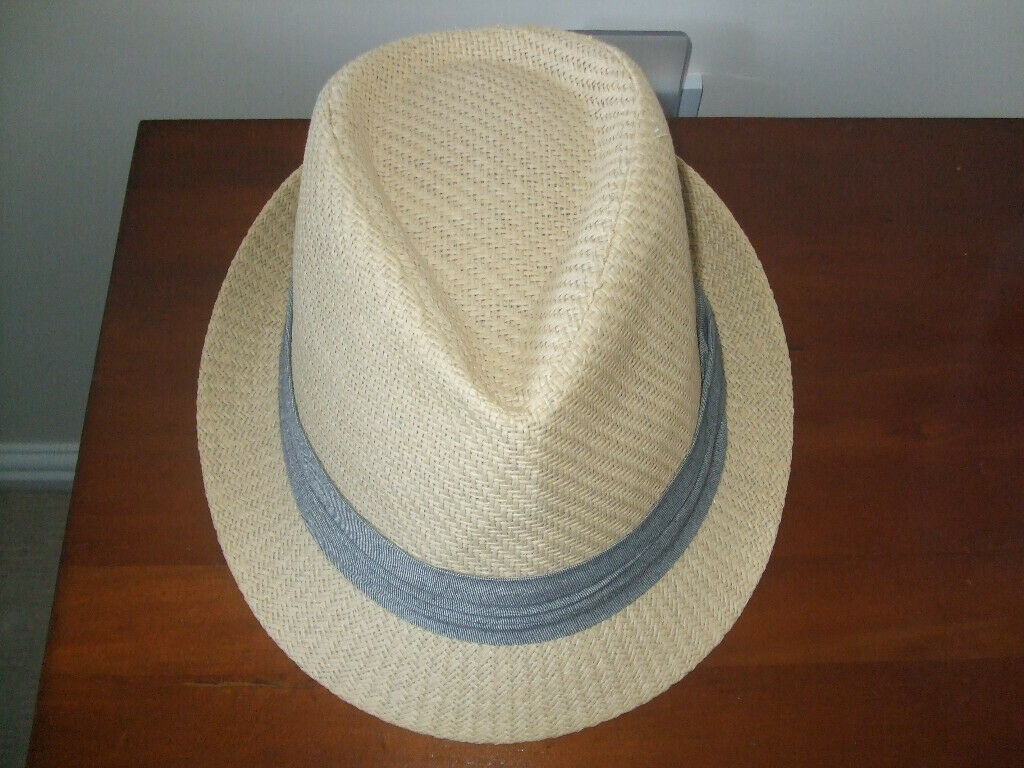 ef5861739b900 Mans Summer Straw Hat cream with grey band. Good condition Inner ...