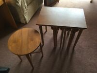 Nest of Tables with four small tables