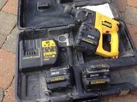 Dwalt drill with 3 batteries