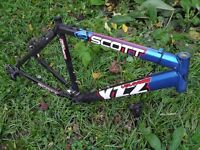 Leightweight alluiminium Scott YZ2 Voltage frame